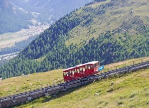 Tren, cielo, vehículo, paisaje, viaje, transporte, montaña