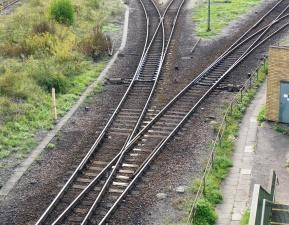 Spoorweg transport, spoorweg, trein, staal, kruispunt