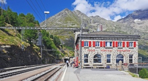 Station, voyage, architecture, tunnel, train, montagne, arbre