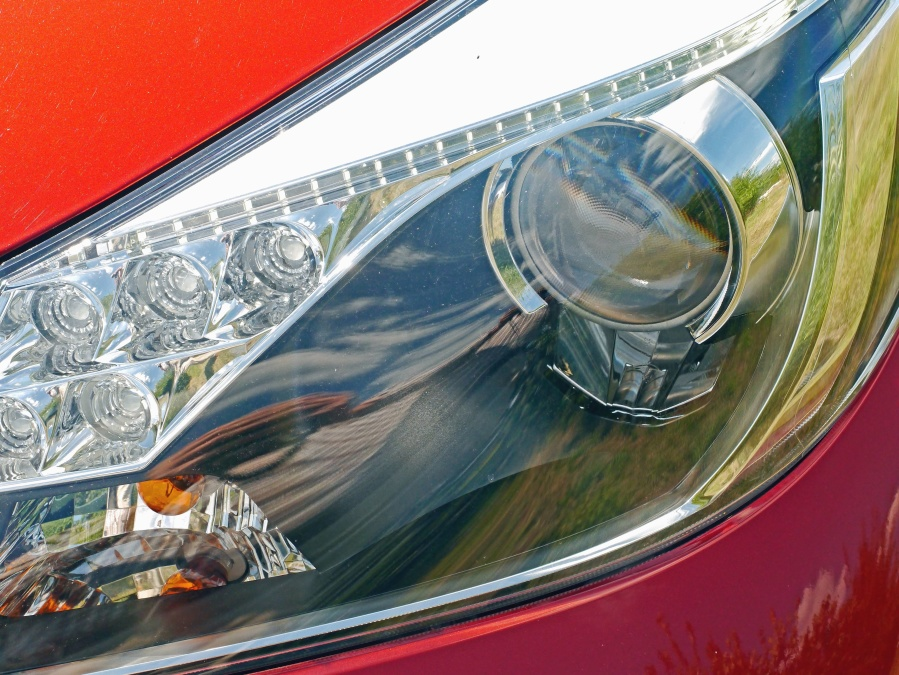 Metallic, glühbirne, auto, scheinwerfer, spiegel, glas