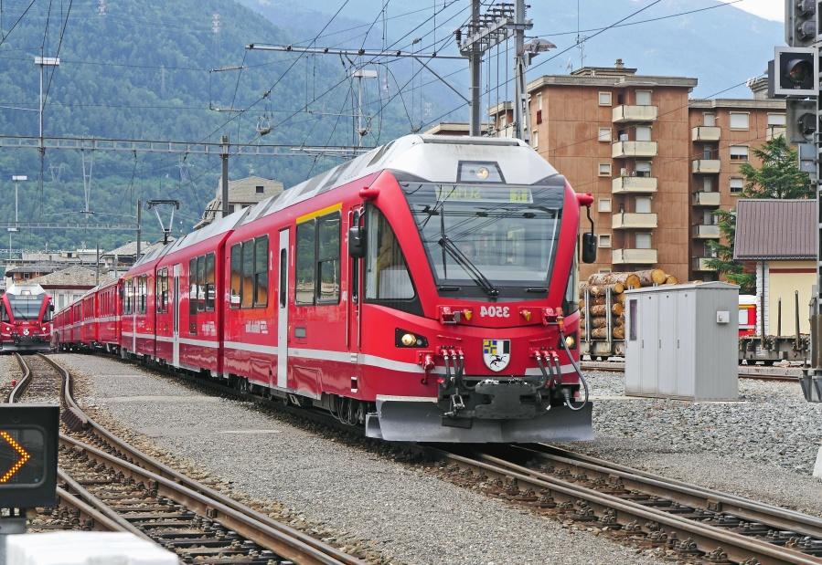 locomotive, train, railway station, vehicle, city