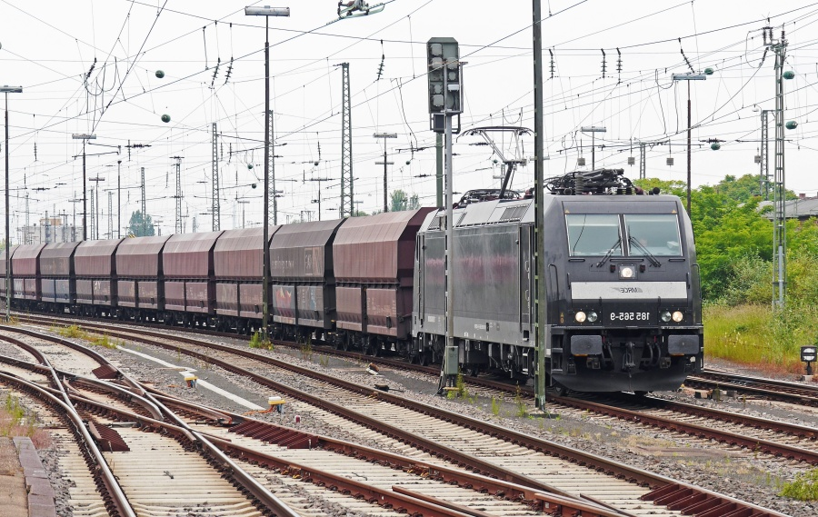 locomotive, train, vehicle, transport, freight, electromotive