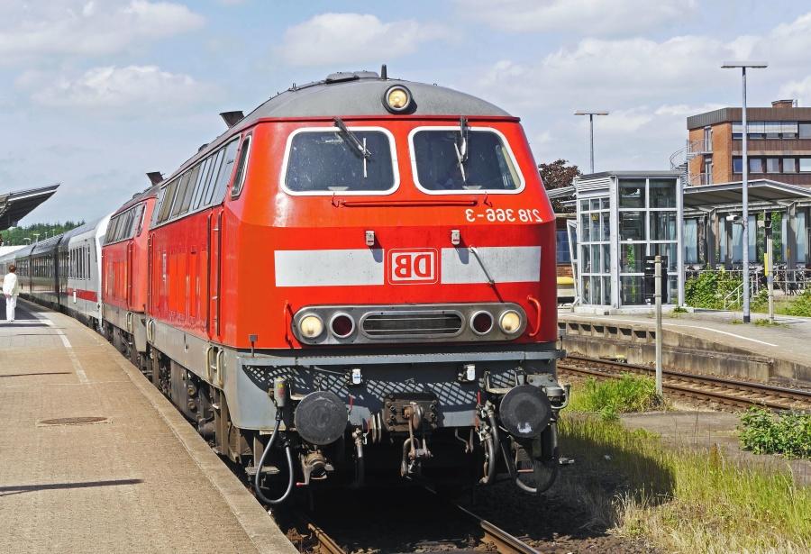 locomotive, train, railway, railway station, vehicle