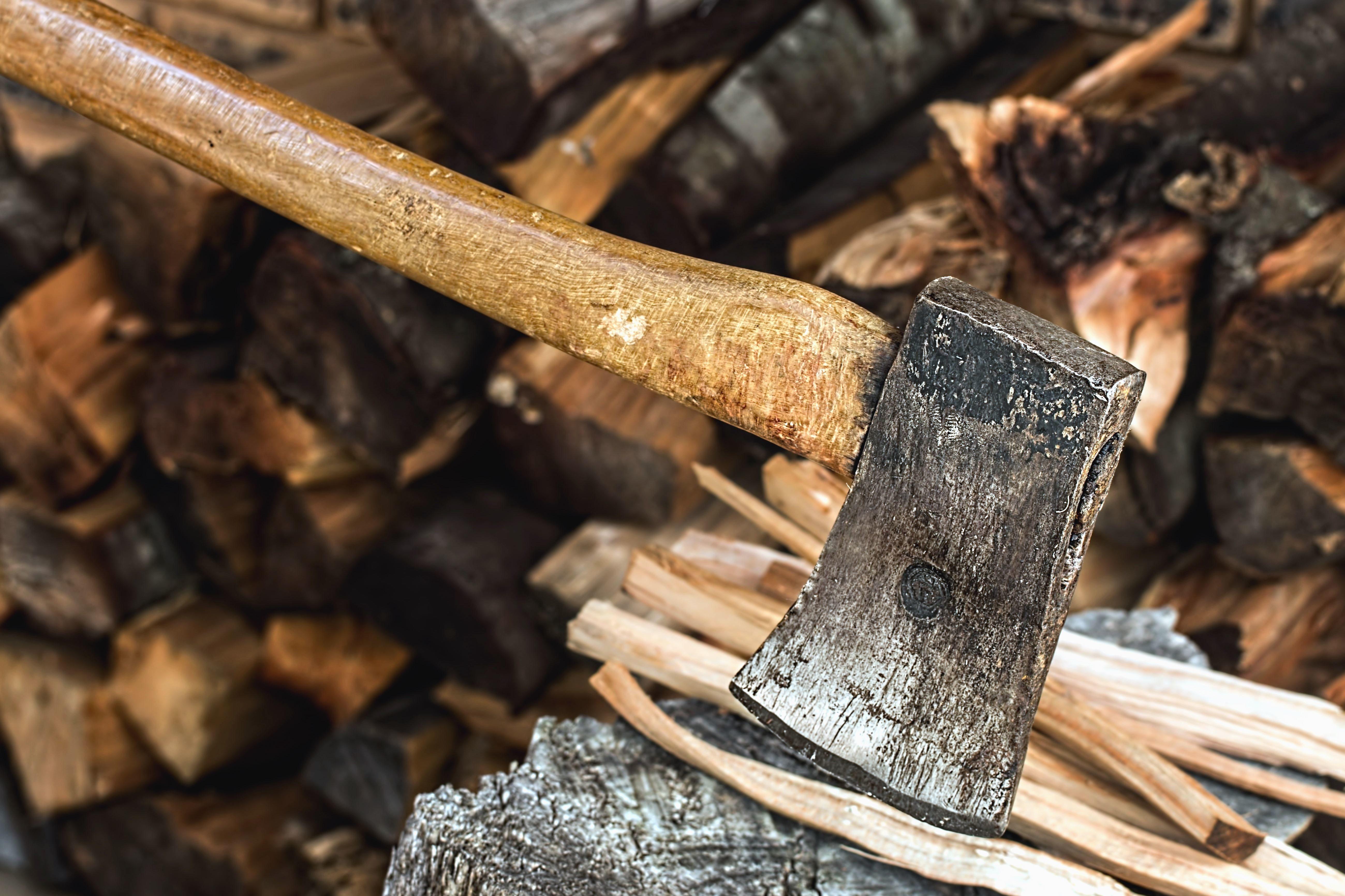 Kostenlose Bild: Beil, Baum, Stumpf, Metall, Eisen, Werkzeug