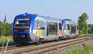 Tren, ferrocarril, transporte, viajes, madera