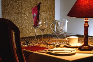 glass, cup, plate, knife, lamp, table, decoration, napkin