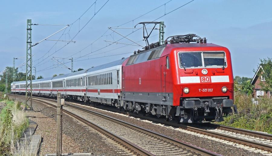 locomotive, train, vehicle, railroad, passenger, electromotive