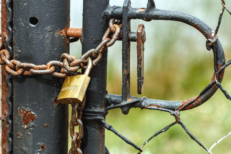 door, fence, lock, wire, chain, metal