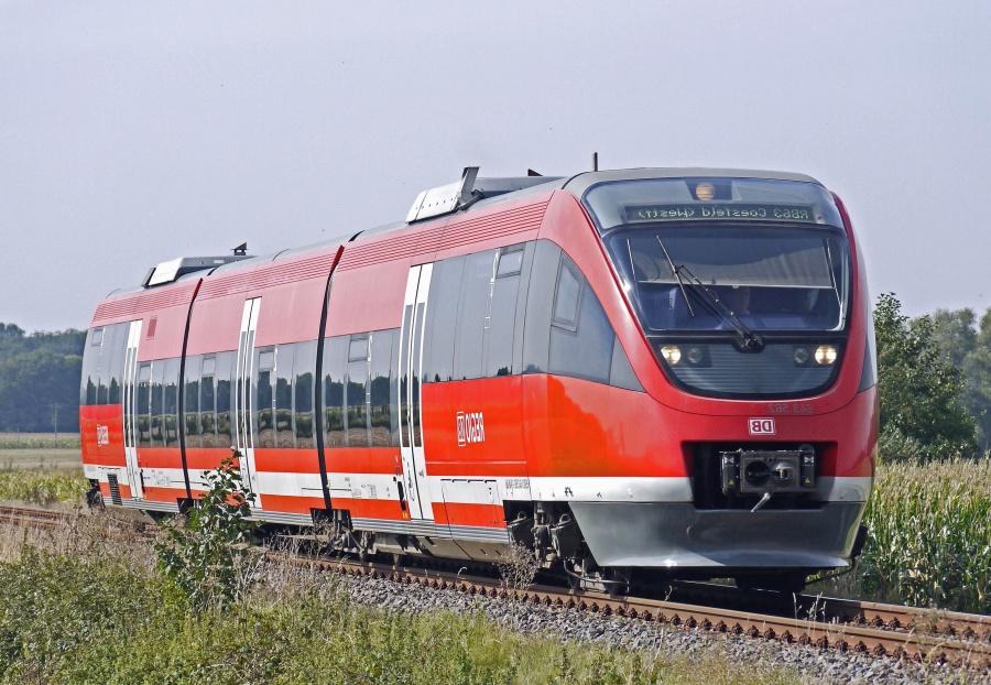 Locomotora, coche, tren, ferrocarril, pasajero, viaje, bosque