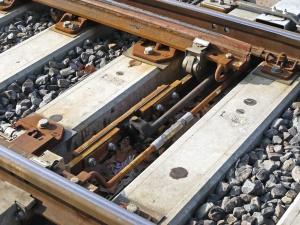 Metall, Schraube, Schiene, Beton, Stein, Eisenbahn, Verbindung