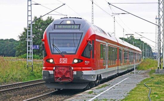 Lokomotive, Fahrzeug, Gras, Holz, Eisenbahn, Zug, Transport