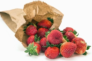 strawberry, fruit, food, sweet, fresh, dessert, ripe, tasty, diet