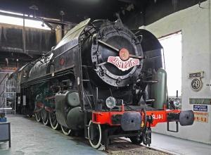列車は、蒸気機関車、博物館、蒸気、蒸気機関、機械工、金属、ガレージ