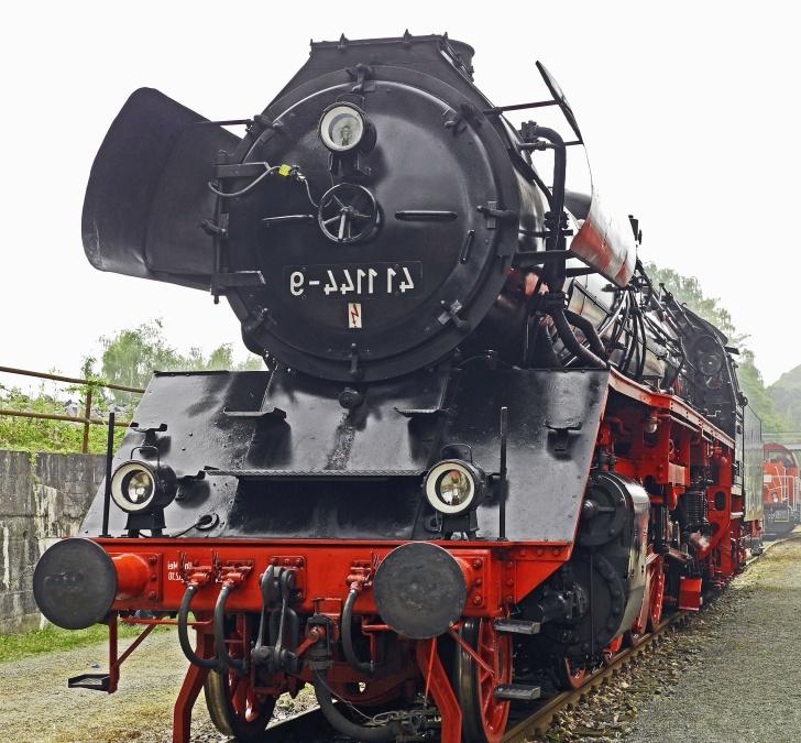 train, concrete, locomotive, railroad, metal, steel, transportation
