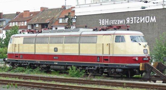 Locomotive, chemin de fer, station, ville, stationnement, véhicule