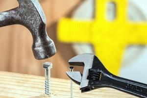 hamer, spijker, schroef, schroevendraaier, hout, gereedschap, metalen