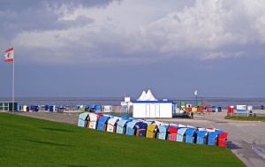 Cielo, playa, mar, bandera, hierba, paisaje