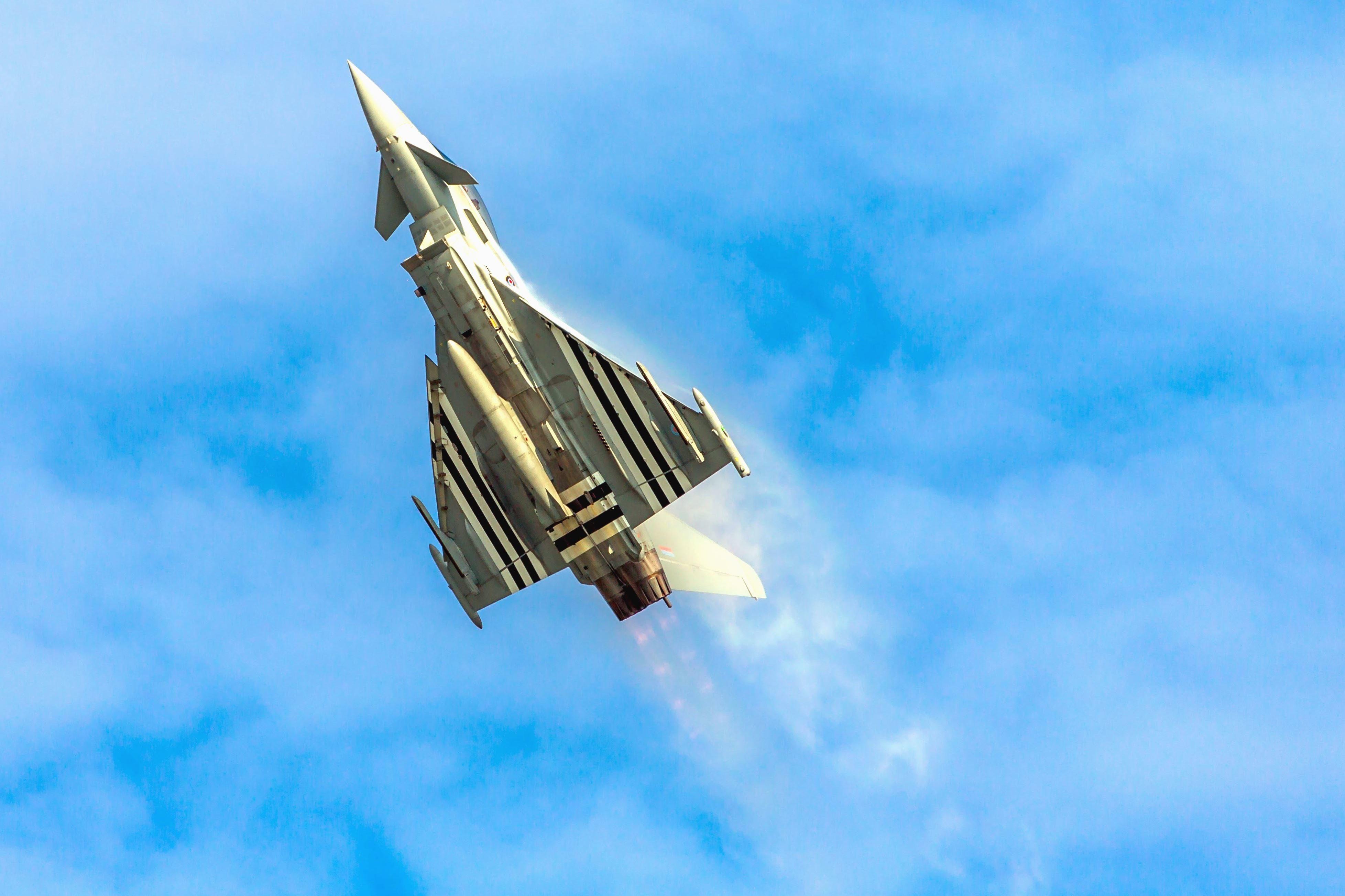 6 Passenger Vehicles >> Free picture: jet, plane, sky, warplane, military, rocket