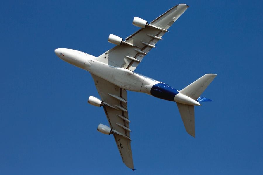 飛行機、ジェット、乗客、空、交通機関、車両