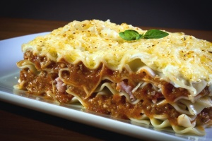 dish, pasta, food, dinner, meal, sauce, lunch, plate, cuisine, delicious