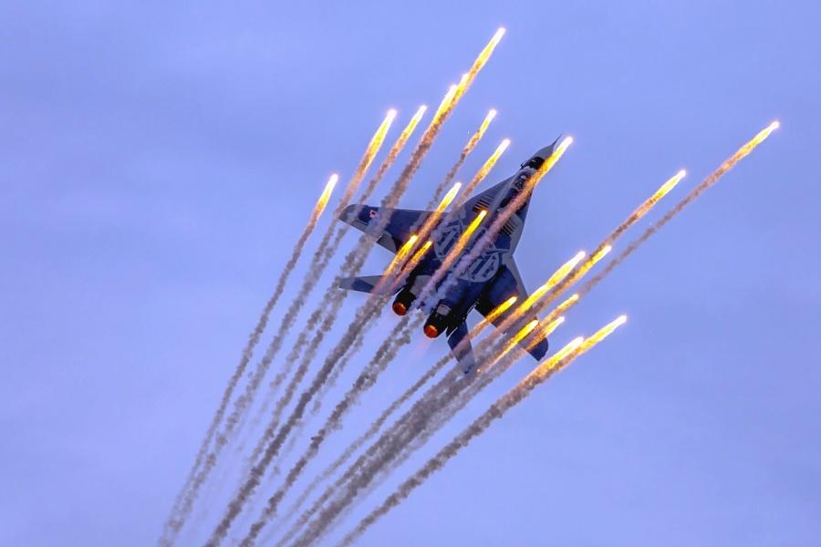 avion, jet, ratni avion, vojni, mamac, raketa