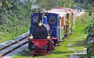 列車は、蒸気エンジン、煙、odzak、アトラクション、車、旅行、鉄道