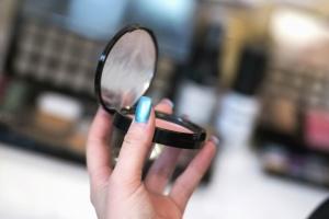 espelho, maquiagem, mãos, unhas, mulher