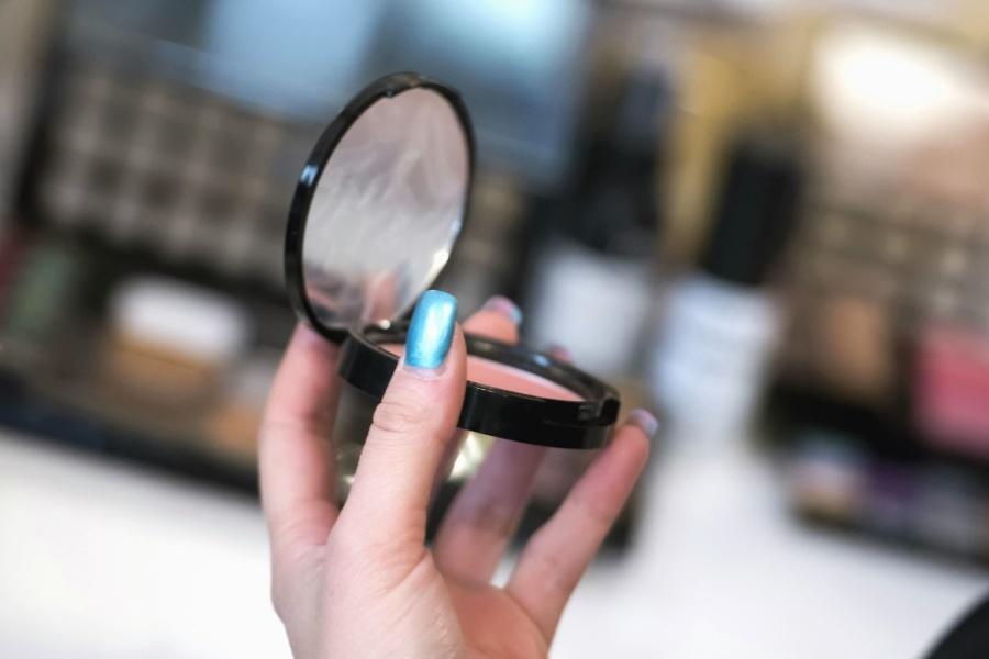 ogledalo, šminka, ruku, noktiju, žena