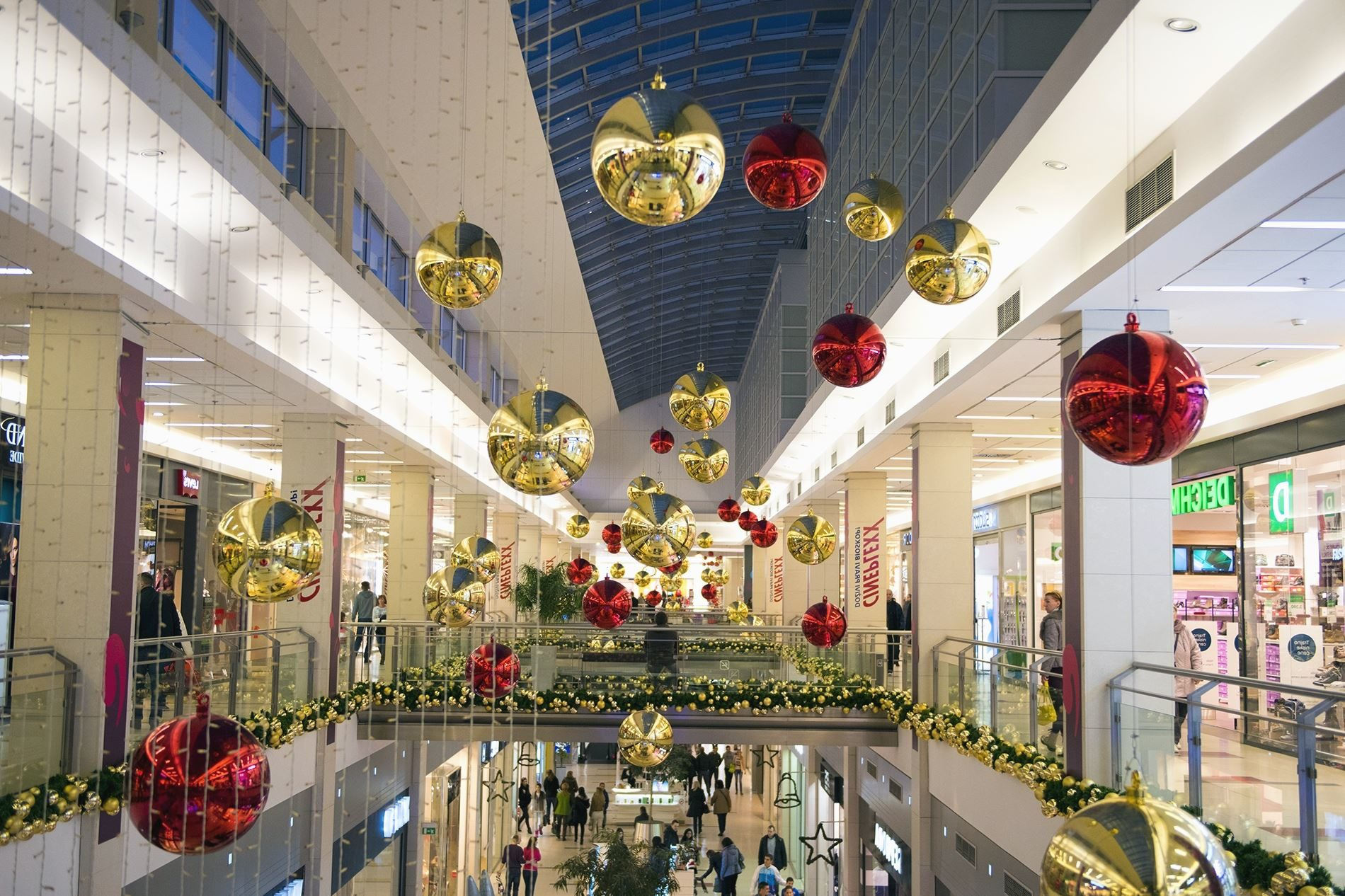 Christmas, Decoration, Shop, Shopping Center, People, Holiday