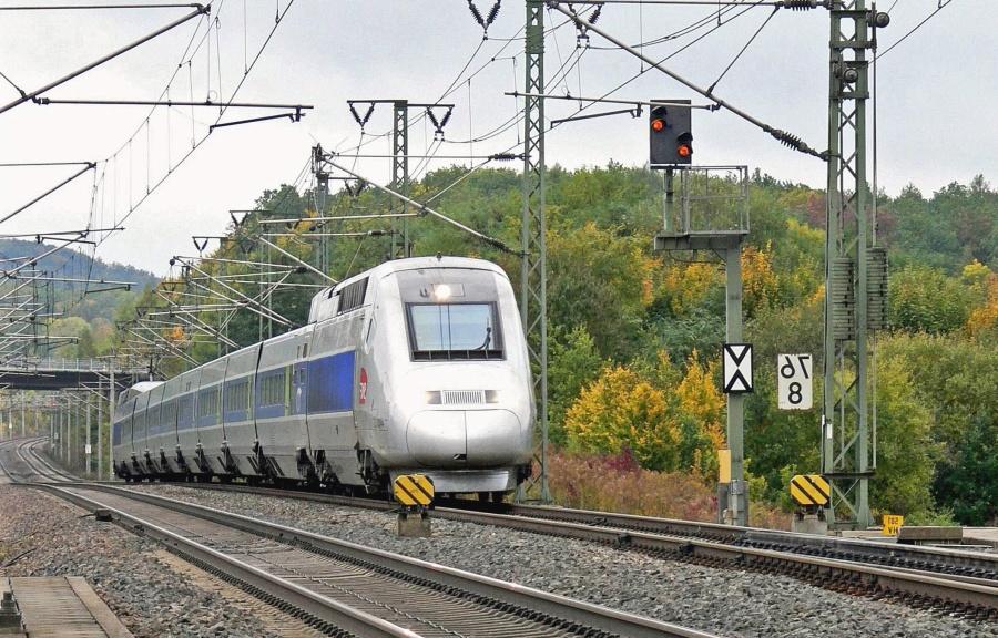 Lokomotive, Eisenbahn, Fahrzeug, Transport, Zug, Ampel