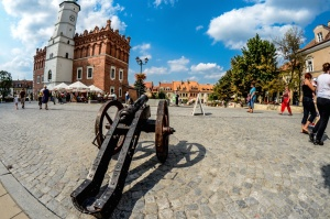 cannon, building, market, people, tourism, sky, cloud