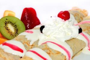 dessert, food, sweet, delicious, cream, cake, fruit, strawberry, kiwi