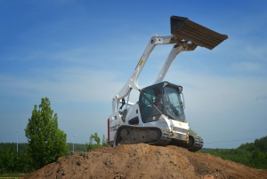 Máquina, excavadora, tierra, madera, pasto o césped