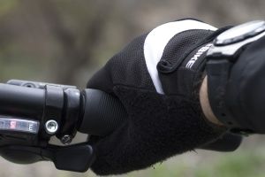gloves, bicycle, metal, gearbox, hand, sport, plastic