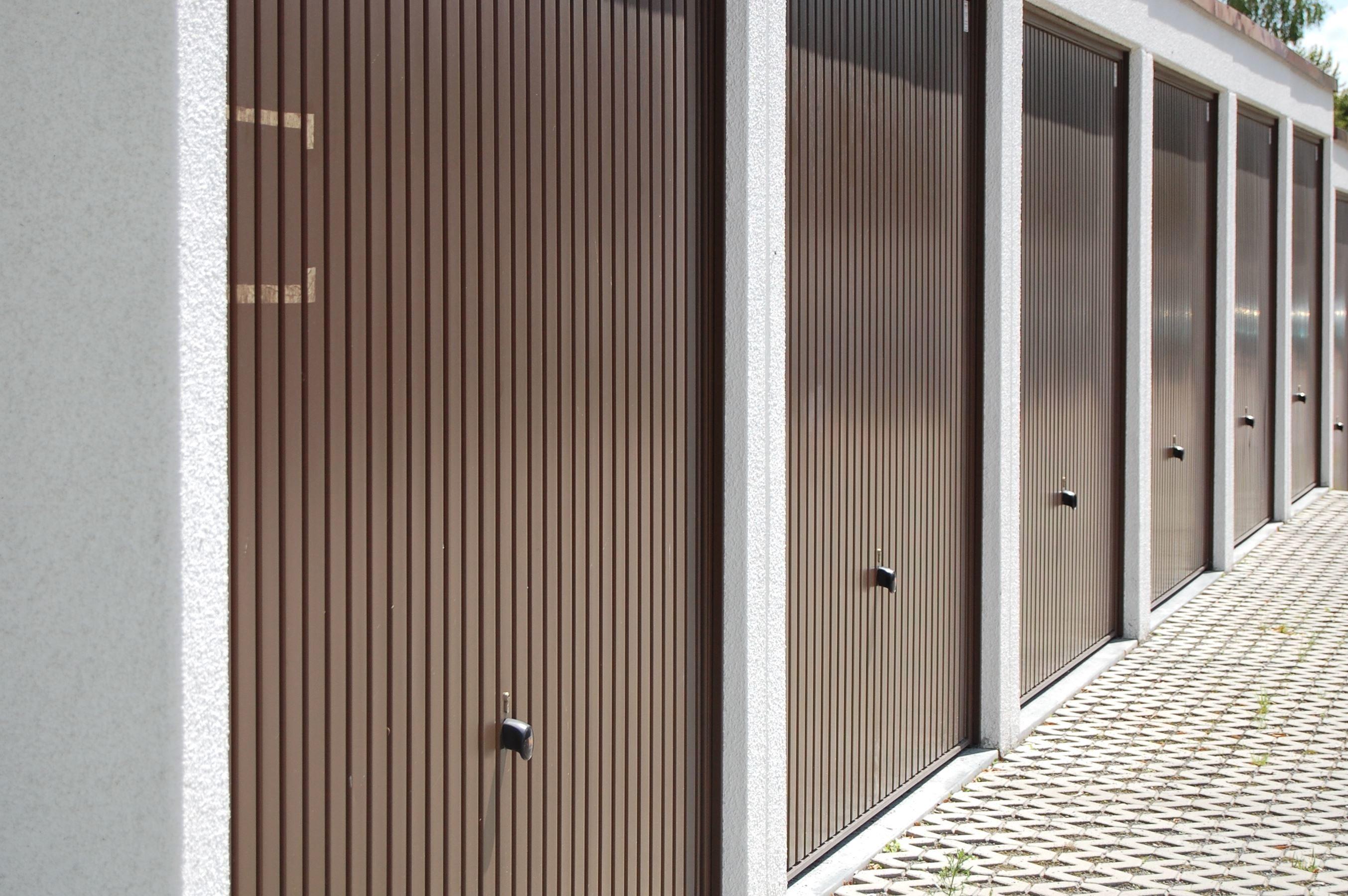 cloture metallique design top des cltures de jardin design pour dlimiter avec style with. Black Bedroom Furniture Sets. Home Design Ideas
