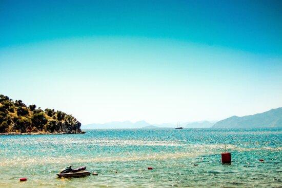 beach, sea, water, coast, ocean, sky, travel, landscape, summer, sand, shore, cloud
