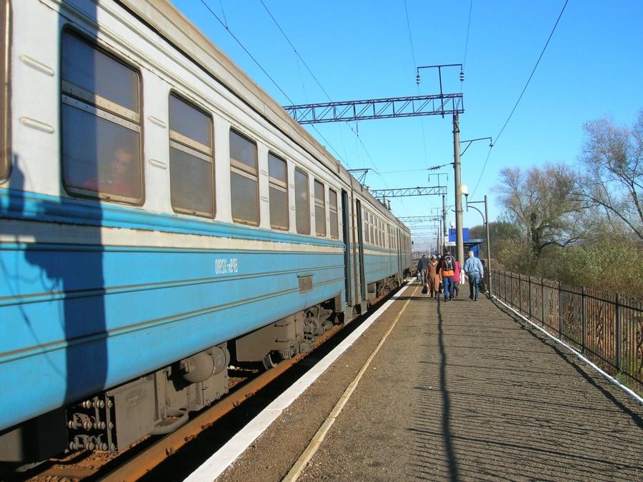 station, train, transportation, line, transport, track, vehicle, travel