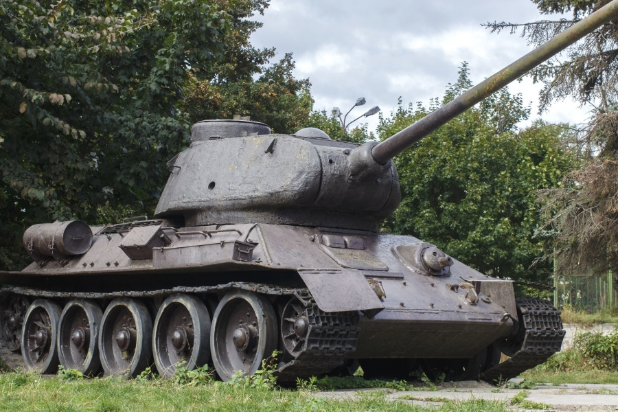 military tank, vehicle, army, history, metal, caterpillar, wood