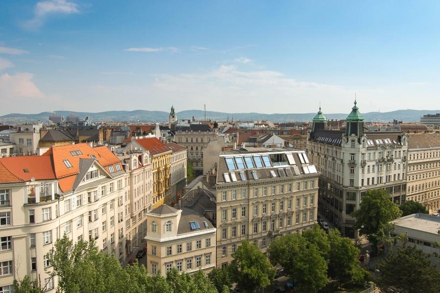 architecture, building, city, travel, sky, tourism, landmark, old, urban