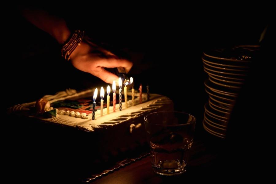 cake, sweet, saint, birthday, food, dessert, hand