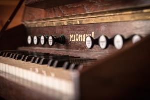 zongora, hangszer, zene, művészet, fa, retro