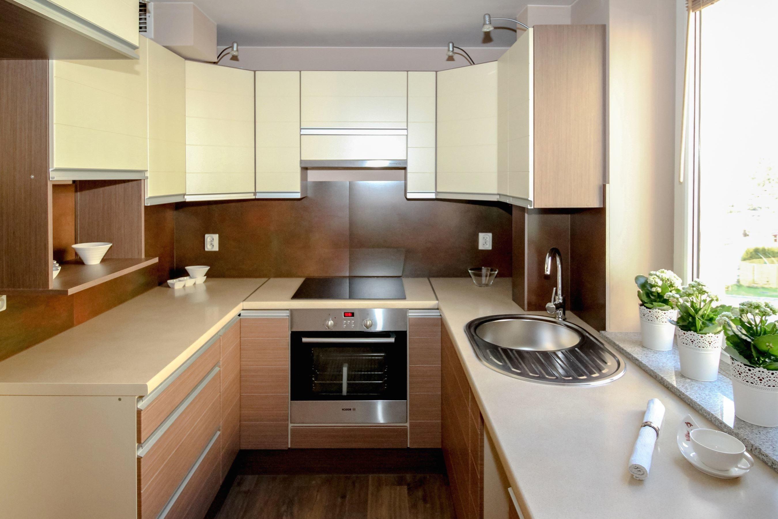 Foto gratis: Forno, cucina, lavandino, vaso da fiori, pianta ...