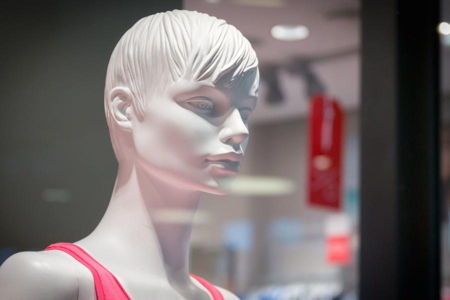 doll, plastic, shop window, shop, dressing room