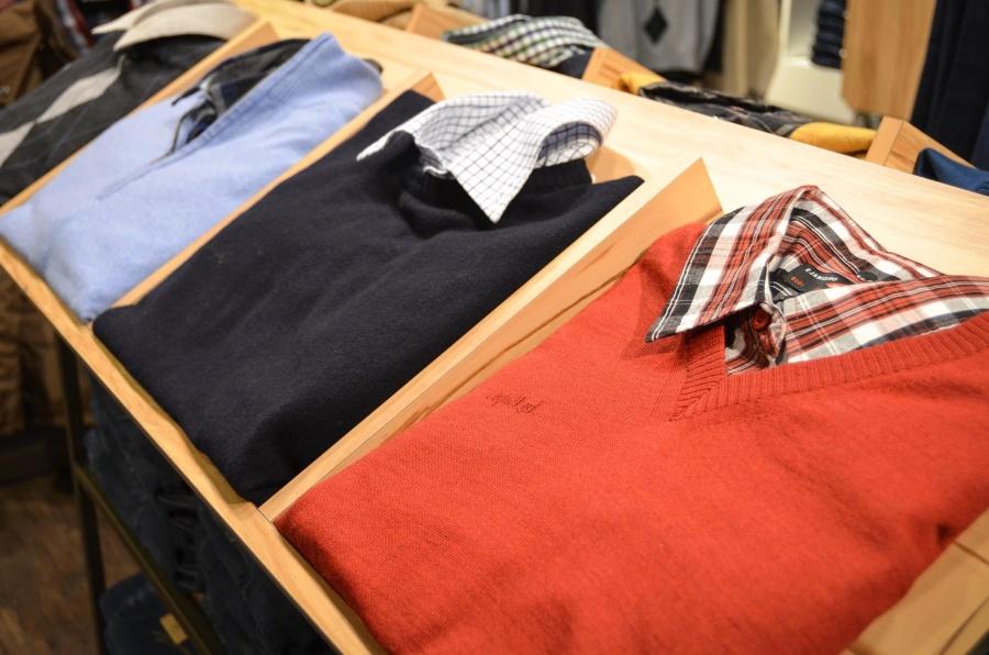 shirt, shop, sweater, dressing room, shelf, textile, man