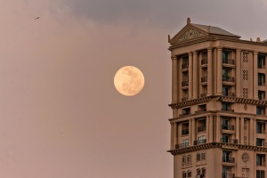 Extérieur, lune, bâtiment, ciel, architecture, bâtiment, ville