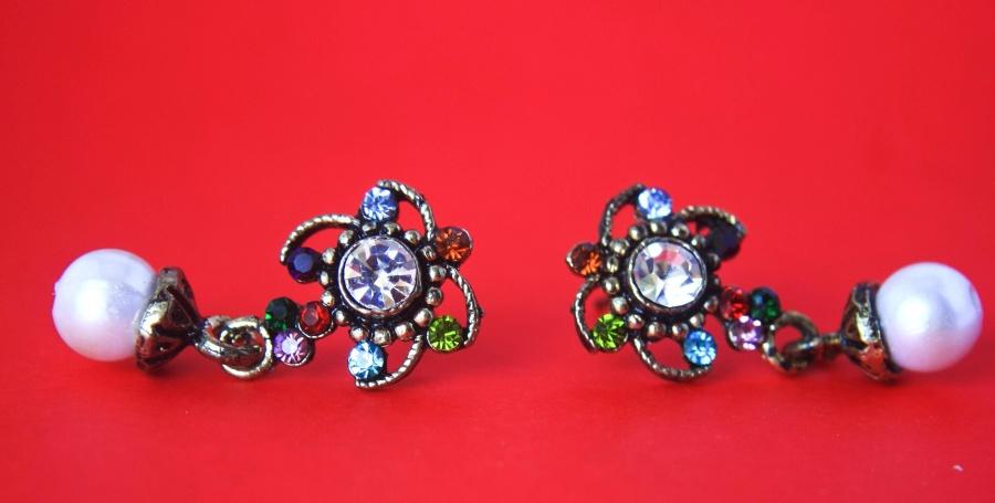 earrings, jewelry, necklace, decoration, jewel, luxury, fashion, gift, diamond