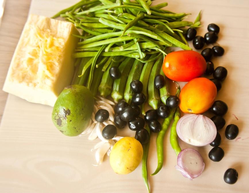 alimente, dieta, legume, vitamine, lamaie, usturoi