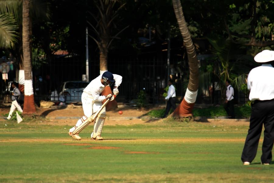 Sport di cricket, gioco, difesa, palla, attività