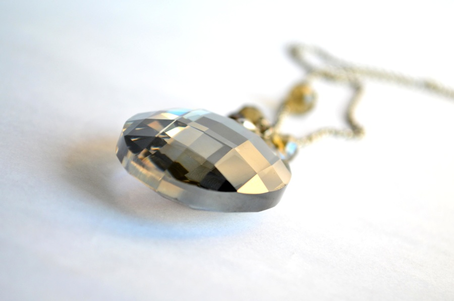 pendant, necklace, ring, jewelry, gold