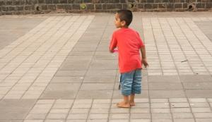 child, boy, street, India